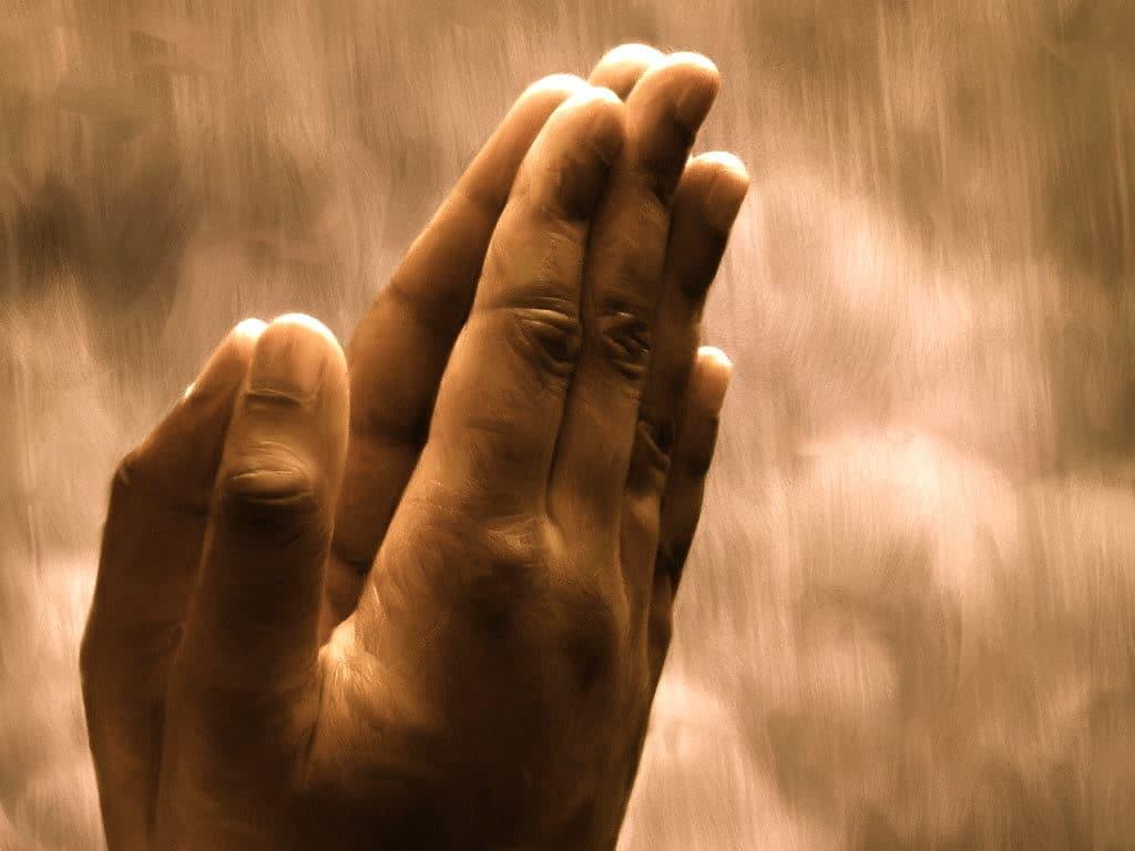 Oración para hacer dormir una persona