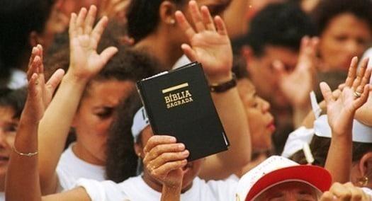 cuantos libros tiene la Biblia cristiana evangelica