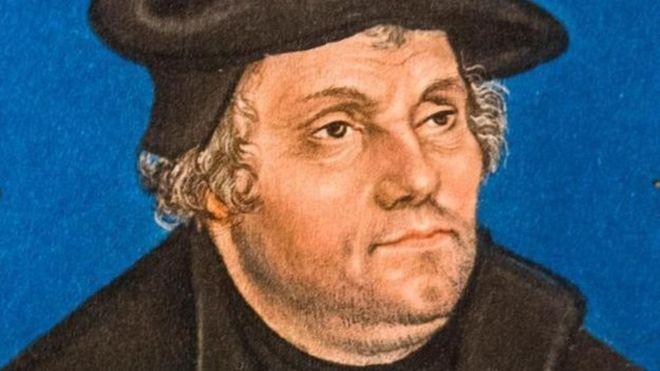 que diferencia hay entre la Biblia católica y la cristian