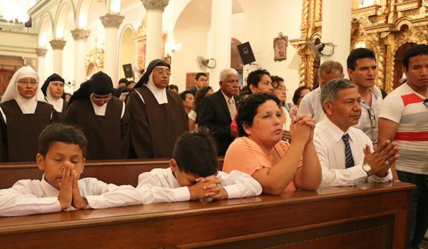 oracion al santisimo